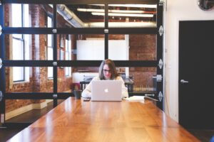 8 ways to manage remote employees